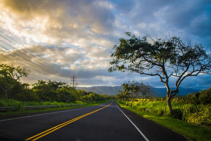 planning a trip to Hawaii rental car road trip