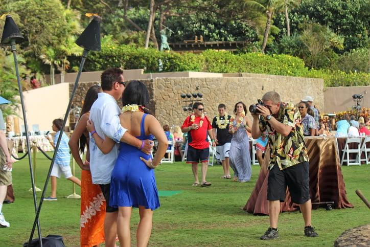 arrival at the luau