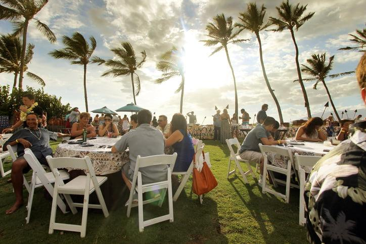 dinner at the luau