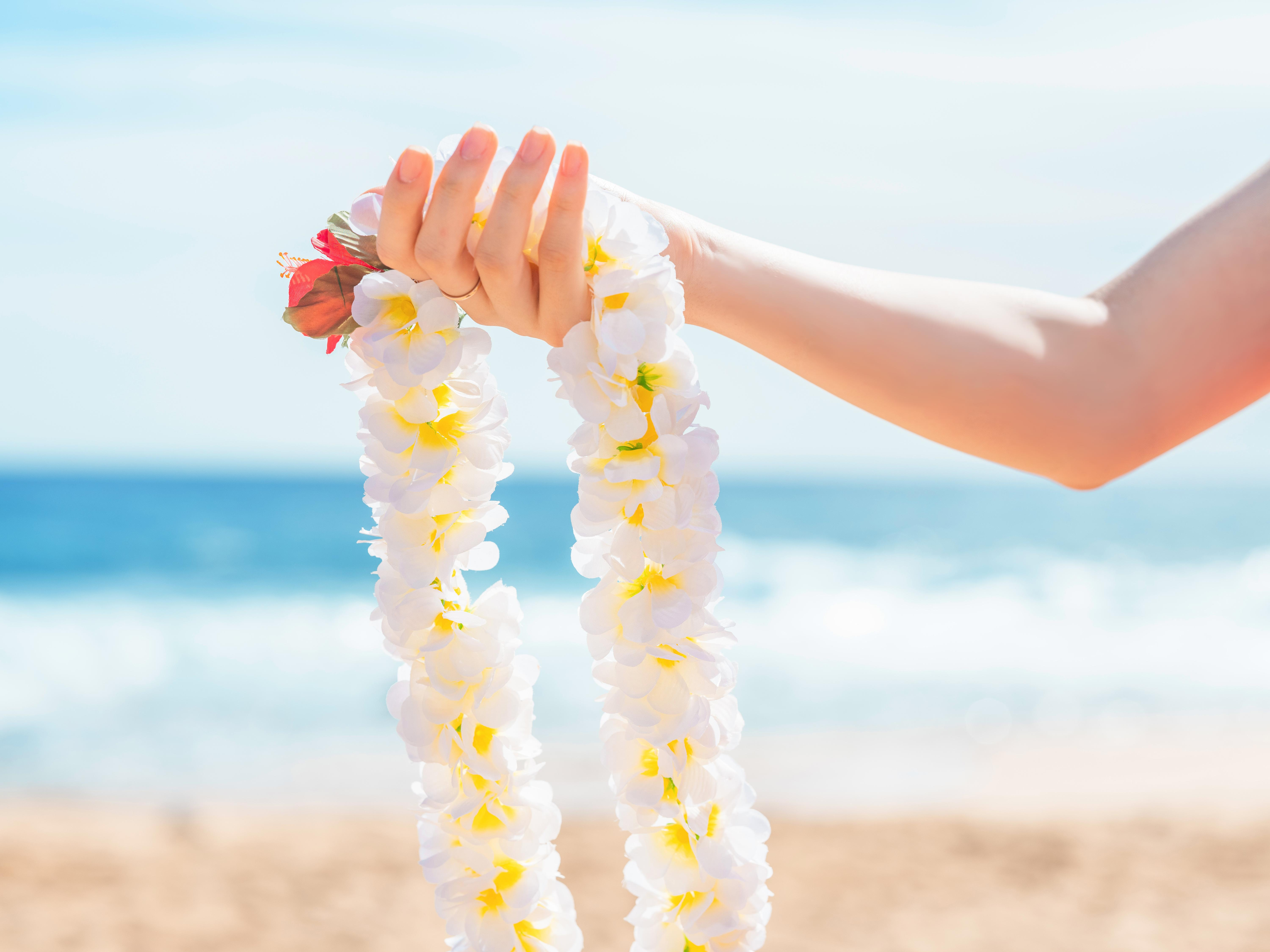 Giving a Lei